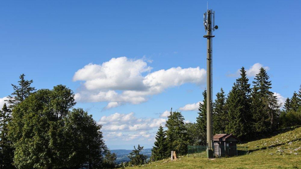 15'000 nouvelles antennes, ici à la Vue-des-Alpes, pourraient être installées sur le territoire pour le déploiement de la technologie 5G.