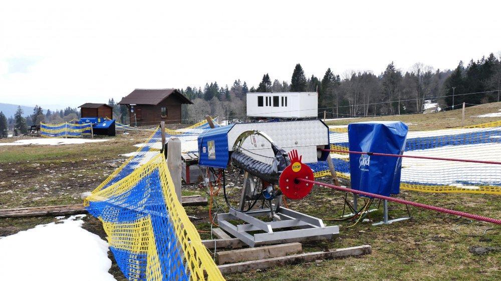 Même si l'école de ski dispense quelques cours à La Vue-des-Alpes depuis l'installation de deux petits téléskis pour enfants à fin 2016, le nombre d'élèves continue de baisser.