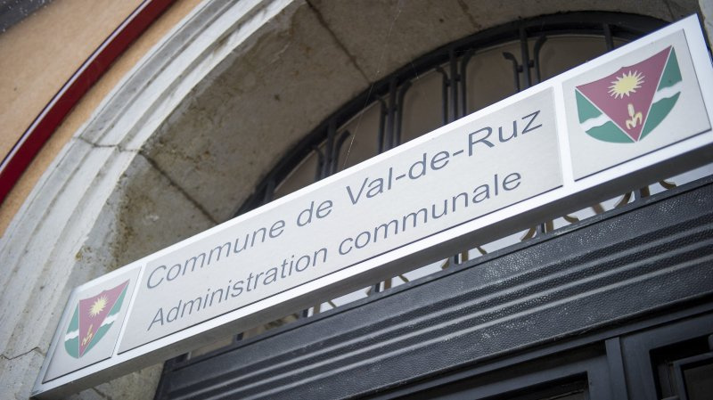 Hausse d'impôts à Val-de-Ruz: les élus répondent aux référendaires