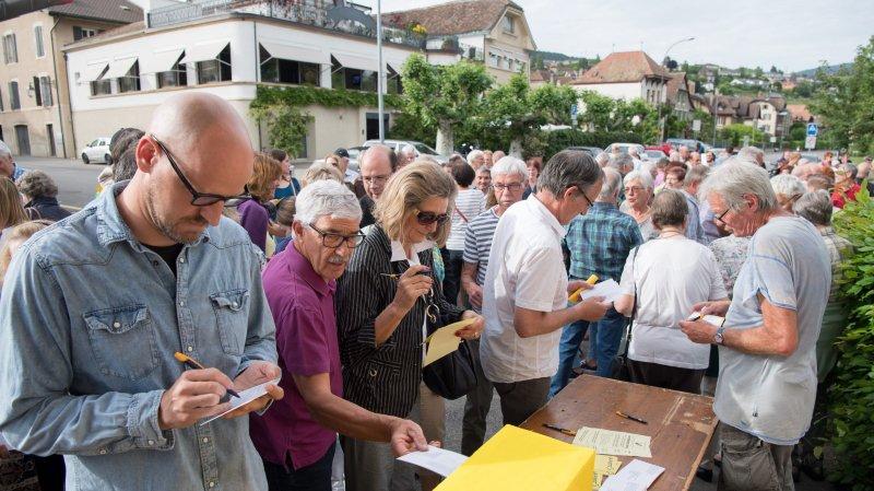 Milvignes fédère les communes suisses contre La Poste