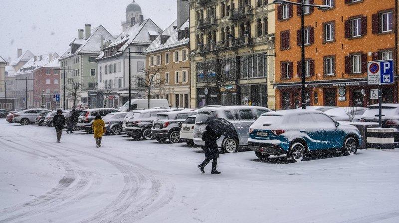 La future commune du Grand Fribourg entend s'inspirer de l'expérience de La Chaux-de-Fonds pour limiter l'épandage de sel.