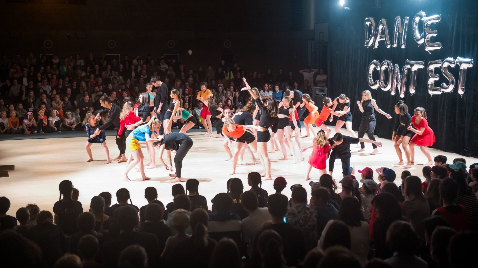 La foule est venue assister au Dance Contest du Landeron.