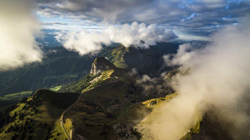 Déchets: des microplastiques transportés dans l'air polluent les montagnes