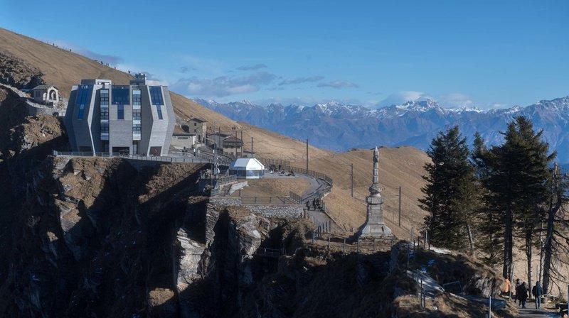 Domicilié dans la province italienne de Varese, il était parti pour une excursion sur le Monte Generoso dans les Préalpes luganaises.