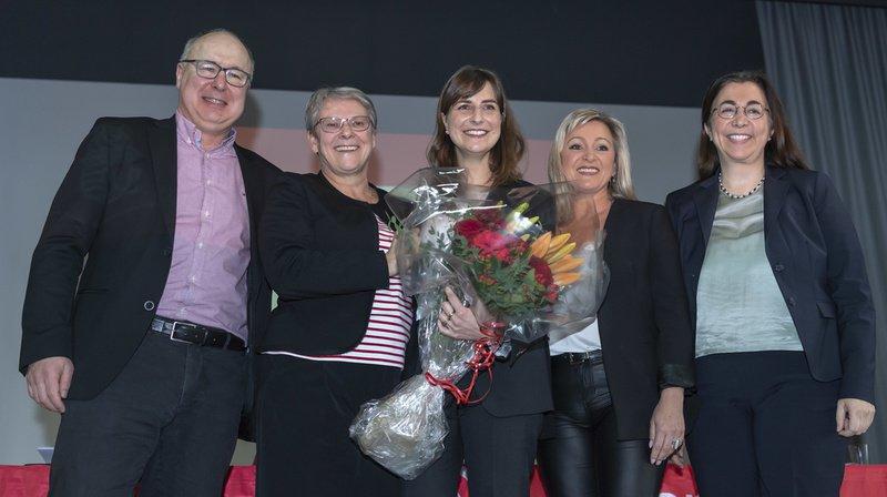 Rebecca Ruiz (centre) a succédé à Pierre-Yves Maillard. Elle devient donc la 5e femme au Conseil d'Etat vaudois aux côtés de Béatrice Métraux (gauche), Nuria Gorrite, Cesla Amarelle (droite) et Jacqueline de Quattro (absente de l'image).