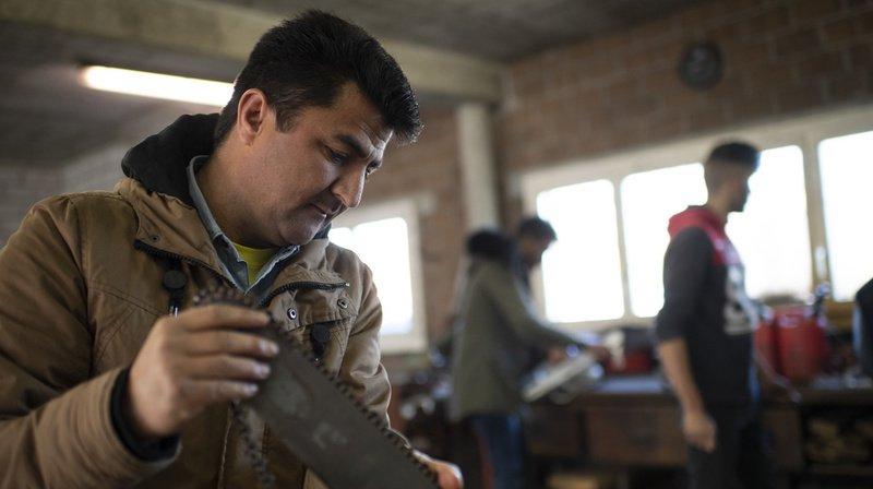 Selon le Conseil fédéral, les réfugiés doivent accéder plus rapidement au monde du travail.