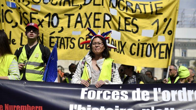 """France: vingtième samedi dans la rue pour les """"gilets jaunes"""""""
