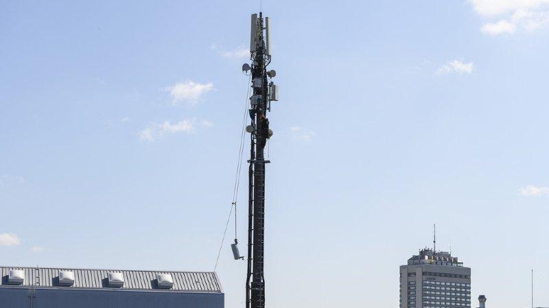 Les antennes de téléphonie 5G suscitent la polémique.
