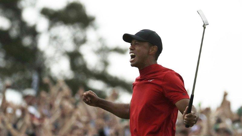 Golf: Tiger Woods remporte son premier succès en Grand Chelem depuis 2008