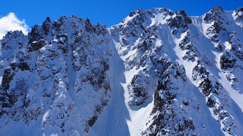 Valais: un guide valaisan et un skieur français décèdent sur le glacier d'Arpette