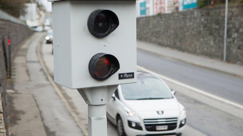 Le taux total des automobilistes sanctionnés pour excès de vitesse est en légère hausse en 2019, soit 3.6%, dans le canton de Neuchâtel.
