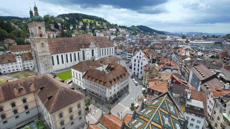 Abbatiale de Saint-Gall, vélo à Zurich, école en Argovie, cloches d'église à Worb, que dit-on outre-Sarine?