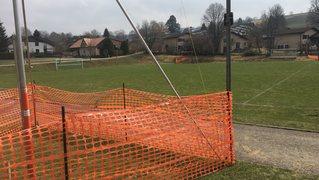 La Chaux-de-Fonds: on est encore loin du coup d'envoi sur le terrain synthétique des Foulets