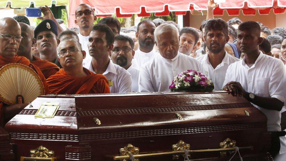 Funérailles de victimes des attentats du 21 avril 2019, le 23 avril, à Colombo, Sri Lanka.