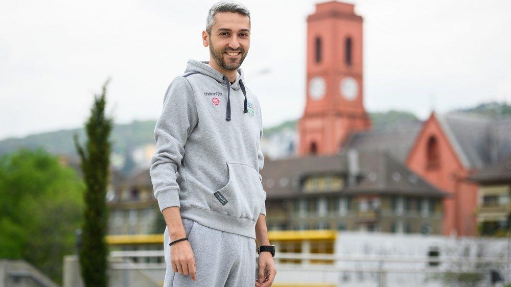 Paolo Povia est heureux à Neuchâtel. Même s'il quitte parfois le chef-lieu cantonal pour Abidjan.