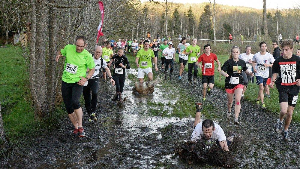 La course de ce mercredi soir pourrait bien se courir dans les mêmes conditions difficiles qu'ici aux Ponts-de-Martel en 2015. Mais que de souvenirs pour tout le monde...
