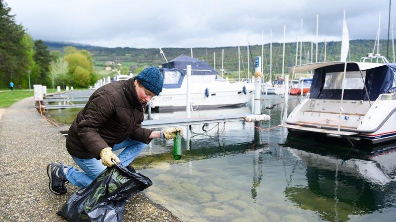 Les bénévoles de l'association Le Landeron après demain ont nettoyé les rives du lac de Bienne ce samedi matin 27 avril