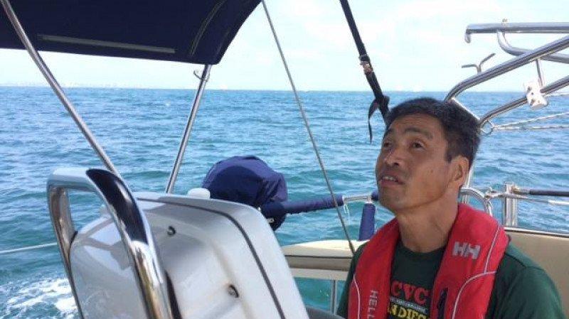 Le Japonais, qui a perdu sa vue lorsqu'il avait 16 ans, a entrepris ce voyage afin de rassembler des fonds pour des activités caritative.