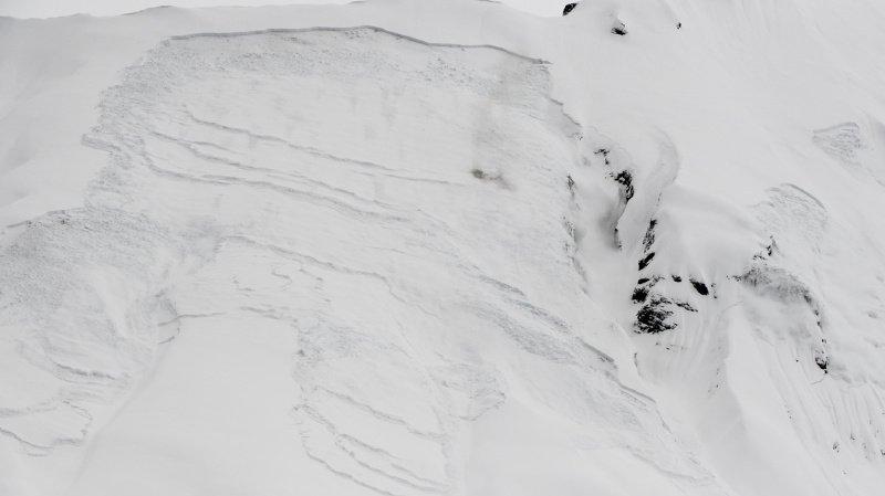 Alpes suisses: 299 avalanches ont été signalées cet hiver, 19 personnes y ont perdu la vie