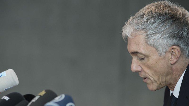 Des rencontres entre le procureur général Michael Lauber et le président de la FIFA Gianni Infantino sont dans le viseur de l'Autorité de surveillance du Ministère public de la Confédération.