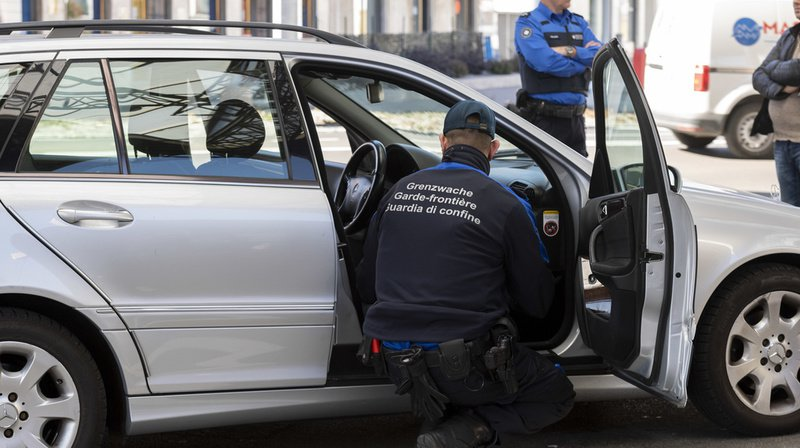 Tessin: arrêtés avec 19 kilos de cocaïne dans la voiture
