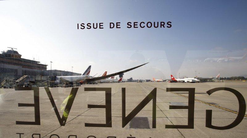"""Loi sur les armes: Genève Aéroport craint des coûts liés à l'exclusion de Schengen en cas de """"non"""""""