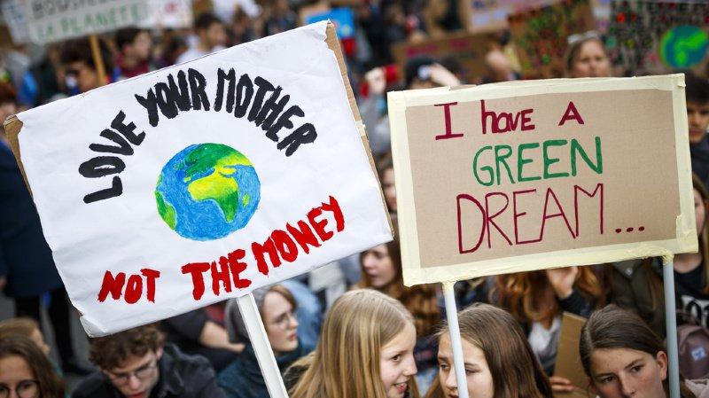 Anet: une première manifestation sur le climat dans la campagne suisse