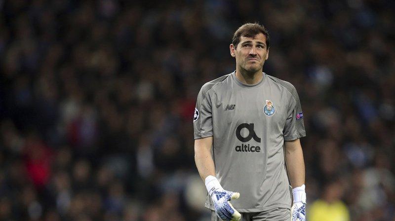 Football: Iker Casillas, gardien espagnol du FC Porto, victime d'un infarctus à l'entraînement