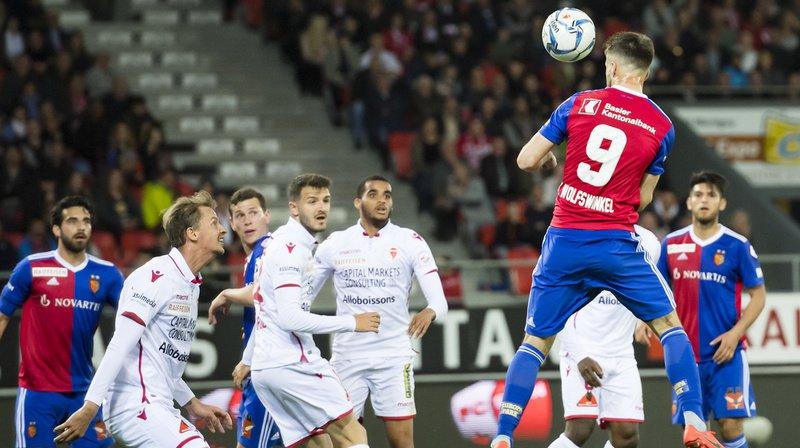 Football: Sion s'incline lourdement contre Bâle, Lugano gagne contre Zurich