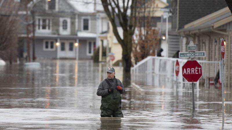 Plus de 1200 personnes ont été évacuées suite à d'importantes inondations dans l'est du Canada.