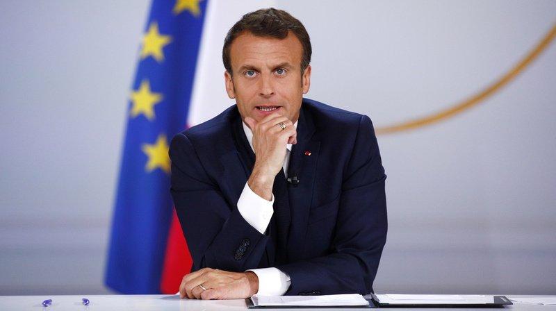 """«Gilets jaunes»: Macron a entendu les """"inquiétudes"""" des Français mais gardera le cap"""