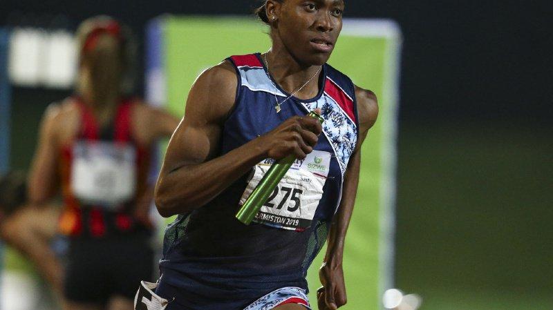 La double championne olympique du 800m et les autres athlètes hyperandrogènes devront se soumettre à un règlement spécifique, même une fois modifié. (archives)