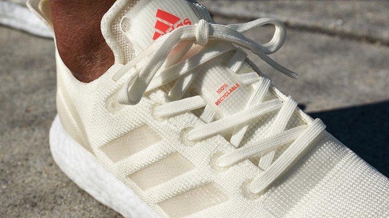 """La chaussure de course """"Futurecraft Loop"""" d'Adidas est entièrement recyclable."""