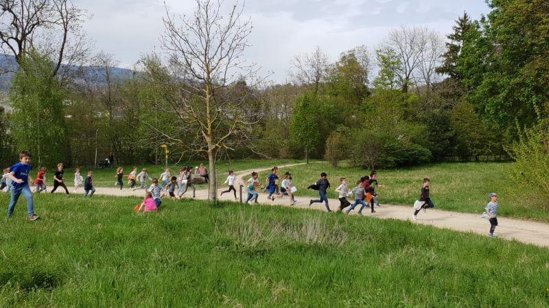 Les enfants s'en sont donné à cœur joie lors de la course aux oeufs de Boudry.