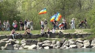 Plus d'un millier de personnes à la Marche de Pâques à Berne
