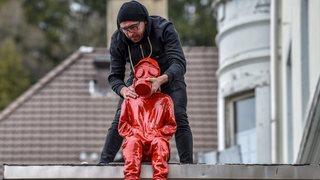 Le Locle: des «enfants» de James Colomina pour dénoncer le trafic routier