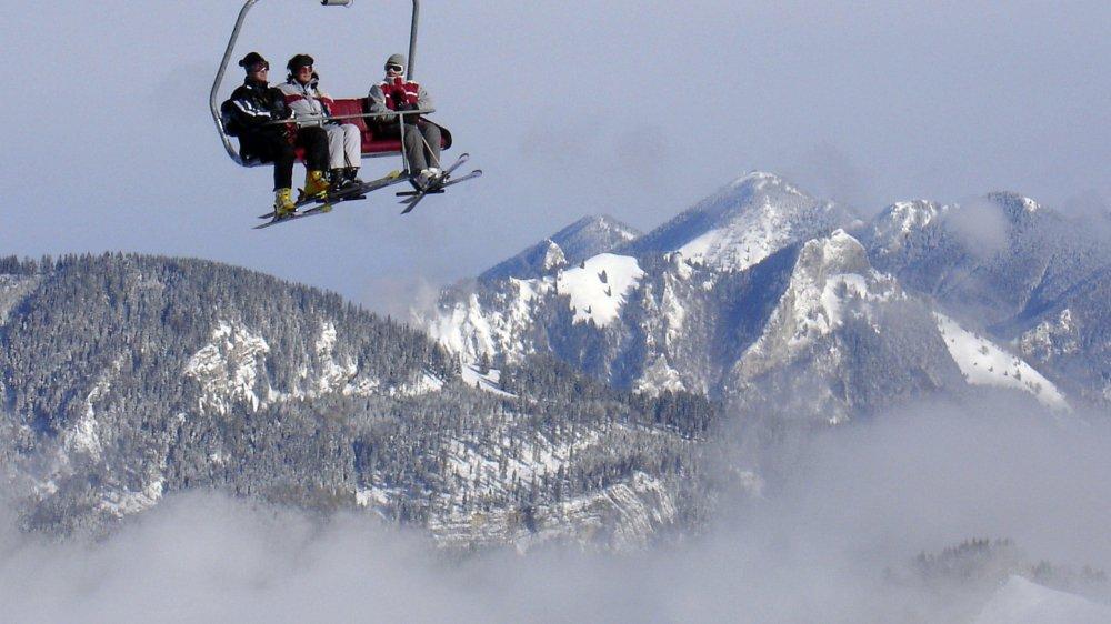 Les élèves de 10e Harmos du Cercle scolaire de Val-de-Ruz auront le choix entre un camp de ski, un séjour multisports ou un voyage culturel.