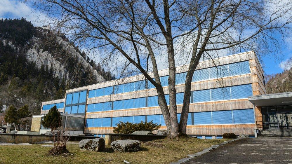 Le collège de Longereuse fait l'objet d'un concours d'architecture.