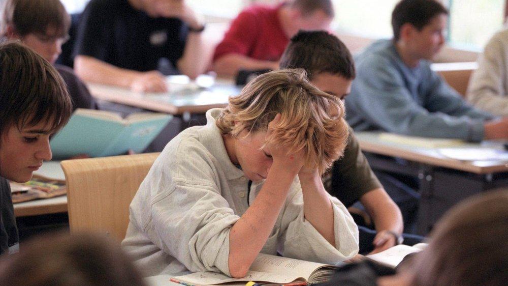 Le nombre de jeunes qui quittent l'école obligatoire sans avoir le moindre diplôme en poche commence à inquiéter.