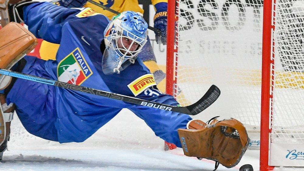Les hockeyeurs italiens vivent un début de compétition difficile en Slovaquie, en particulier les gardiens (ici, Marco De Filippo Roia).
