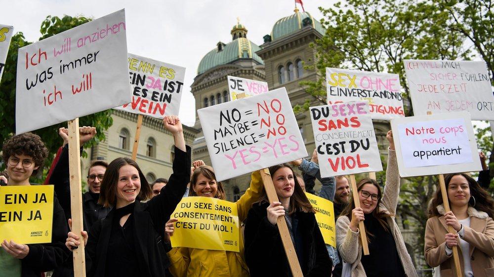 En Suisse, plus d'une femme sur dix (12%) dit avoir eu un rapport sexuel contre son gré au moins une fois dans sa vie, et même plus d'une sur cinq (22%) évoque un acte sexuel non consenti.