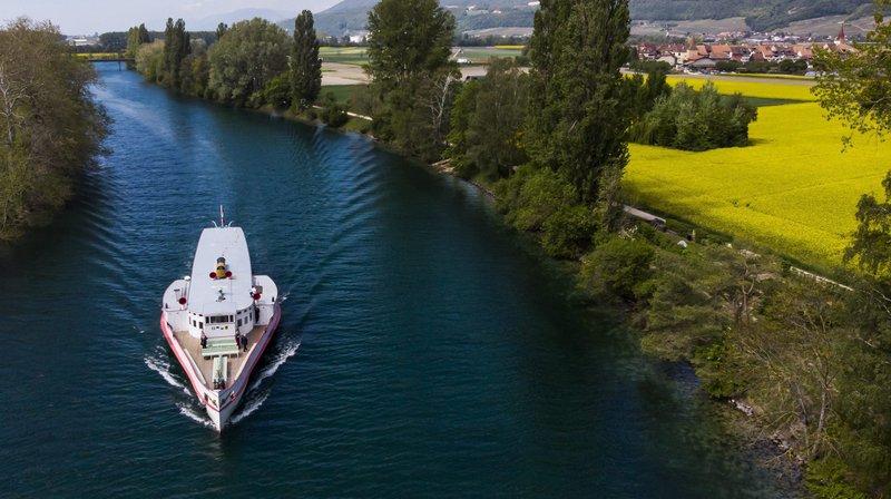 Le vieux vapeur a fait sa course inaugurale entre Neuchâtel et Bienne