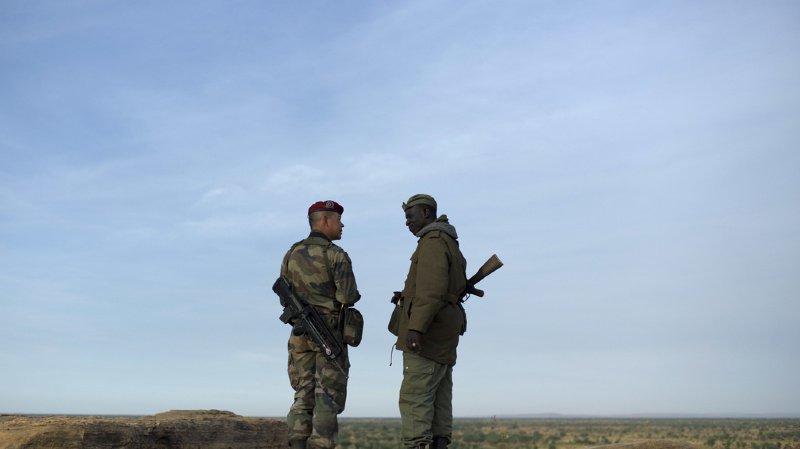 Afrique: 4 otages libérés au Burkina Faso, 2 soldats français tués au cours de l'opération