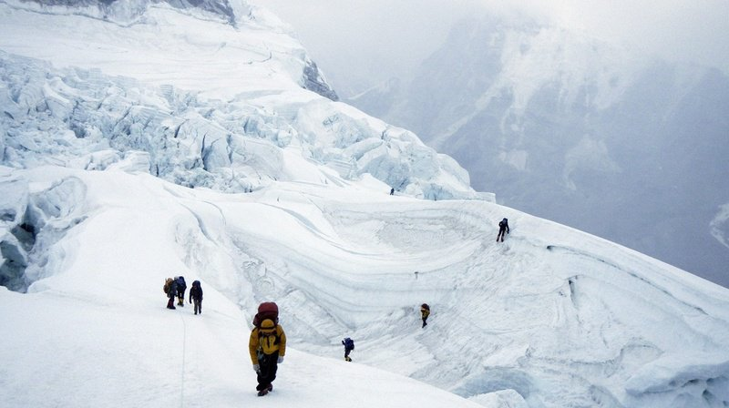 L'un des alpinistes est mort d'épuisement sur le chemin du retour de l'Everest, après avoir été coincé dans l'embouteillage pendant plus de douze heures. (Archives)