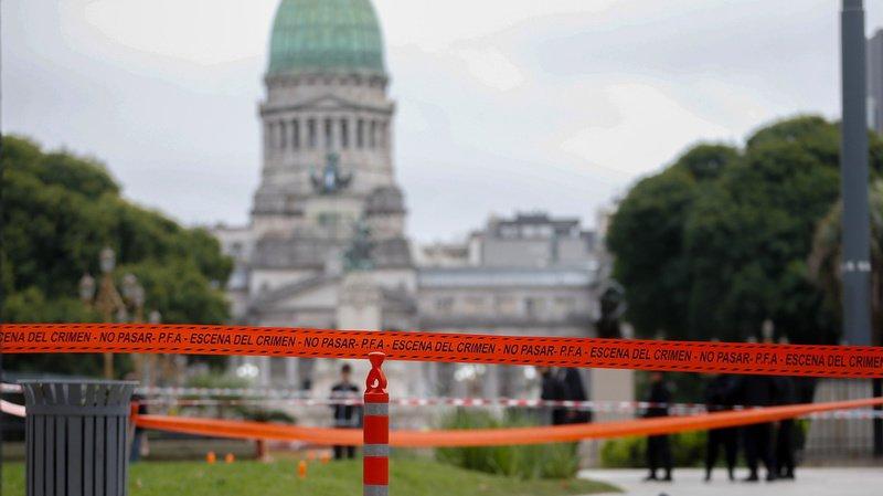 Le député argentin Hector Olivares a été blessé jeudi et son collaborateur tué par des tirs nourris à Buenos Aires.