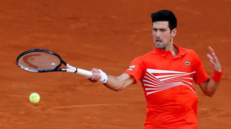 A deux semaines de Roland Garros, le serbe Djokovic vient de remporter le Masters 1000 de Madrid également sur terre battue.