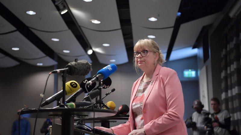 """""""J'ai décidé aujourd'hui de rouvrir l'enquête"""", a annoncé Eva-Marie Persson, procureure adjointe, lors d'une conférence de presse."""