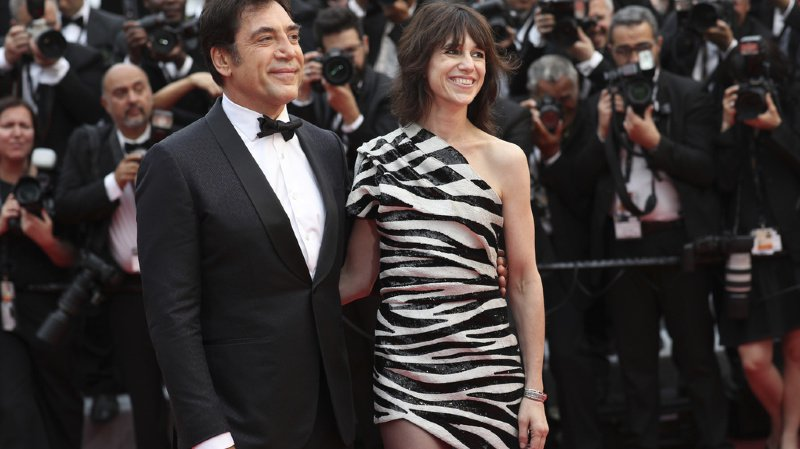 Le duo Javier Bardem et Charlotte Gainsbourg a ouvert les festivités de ce 72e Festival de Cannes.