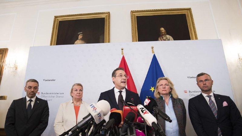 Le numéro deux du gouvernement et chef du FPÖ Heinz-Christian Strache a quitté le gouvernement autrichien après un scandale de corruption.