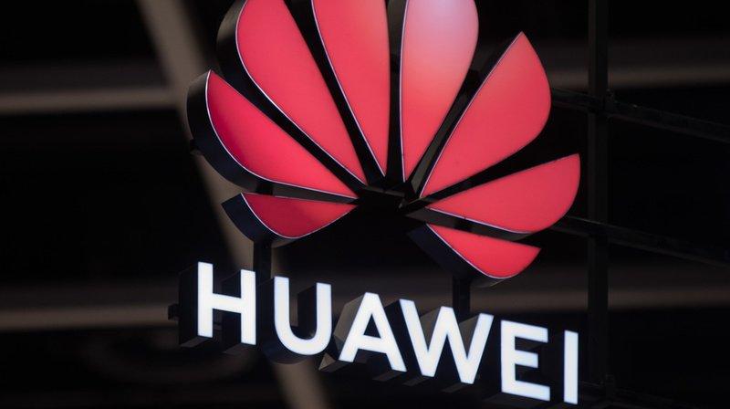 Les smartphones Huawei actuellement en vente ne bénéficieront plus directement des mises à jour d'Android dès le 19 août. (Illustration)